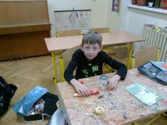 Výtvarná výchova - vyrábíme vánoční lucerničky